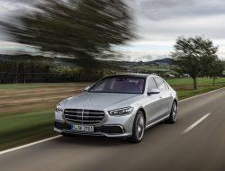 Penjualan Mercedes-Benz Naik  48%