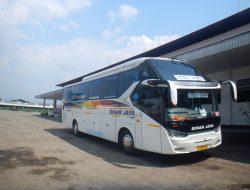 Hino RN 285, Bus Tangguh di Trans Jawa